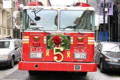Kerstmis Firetruck Royalty-vrije Stock Foto's