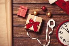 Kerstmis gift-klaar voor verpakking Stock Afbeeldingen