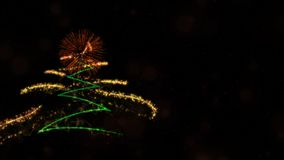 Kerstmis & het Nieuwe jaarthema als achtergrond bevatten pijnboomboom, vuurwerk en deeltjes royalty-vrije stock foto