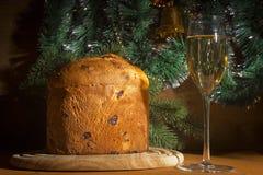Kerstmis Italiaanse panettone Royalty-vrije Stock Afbeelding