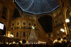 Kerstmis 2018 Milan Galleria Vittorio Emanuele II Swarovski-boom stock afbeelding
