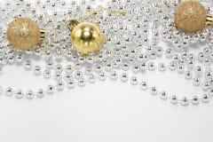 Kerstmis miniballen op wit Stock Fotografie