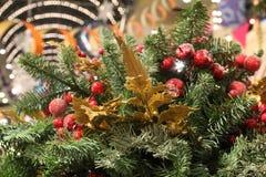 Kerstmis mooie achtergrond met spartakken en decoratie stock afbeelding