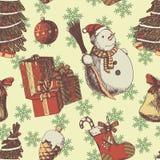 Kerstmis of Nieuw jaarhand getrokken gekleurd vector naadloos patroon Attributen en Symbolenschets, uitstekende stijl, Kerstmis Royalty-vrije Stock Foto's