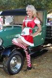 Kerstmis pinup womanland klassiek ModelT Stock Afbeeldingen