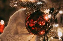 Kerstmis is rond allen! Magisch is in onze handen! stock fotografie