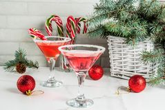 Kerstmis roze pepermunt martini Stock Afbeelding