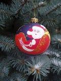 Kerstmis stuk speelgoed op een spar Royalty-vrije Stock Afbeelding
