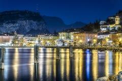 Kerstmis in Torbole-stad, trentino Italië royalty-vrije stock foto's
