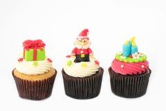 Kerstmis van cupcake op het wit Royalty-vrije Stock Afbeeldingen