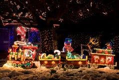 Kerstmis verfraaid huis Stock Foto's