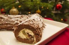 Kerstmis Yule Log voor boom met snuisterijen Royalty-vrije Stock Afbeeldingen