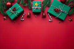 Kerstmisachtergrond en decoratieconcept royalty-vrije stock afbeeldingen