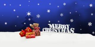 Kerstmisachtergrond - Kerstboom - giften - blauw - Sneeuw Stock Afbeeldingen