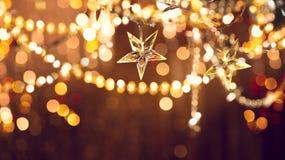 Kerstmisachtergrond met de slinger van de vakantiedecoratie Royalty-vrije Stock Afbeelding