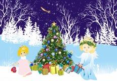 Kerstmisachtergrond met engelen en Kerstboom, vector illustratie