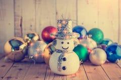 Kerstmisachtergrond met feestelijke decoratie Stock Fotografie