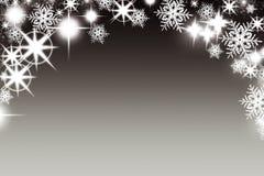 Kerstmisachtergrond met lichtgevende slinger met sterrensneeuwvlokken en plaats voor tekst De achtergrond van de Sparklyvakantie  Stock Foto's