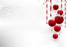 Kerstmisachtergrond met rode snuisterijen Stock Foto's