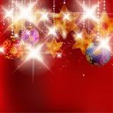 Kerstmisachtergrond met snuisterijen. Stock Foto's