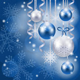 Kerstmisachtergrond met snuisterijen in blauw Royalty-vrije Stock Afbeelding