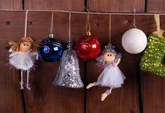 Kerstmisballen, feeën en speelgoed Royalty-vrije Stock Foto's