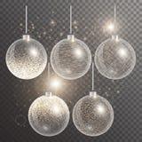 Kerstmisballen op een transparante achtergrond met fonkelingen Stock Afbeelding