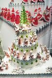 Kerstmiscake met veel Santas Royalty-vrije Stock Afbeeldingen