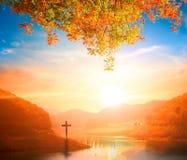 Kerstmisconcept: Het Dwarssymbool van christen en Jesus Christ stock fotografie