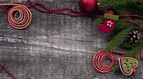 Kerstmisdecor op houten achtergrond Royalty-vrije Stock Afbeelding