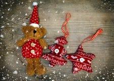 Kerstmisdecor in sneeuw Royalty-vrije Stock Foto