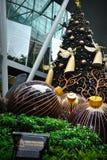 Kerstmisdecoratie bij de Boomgaardweg van Singapore Stock Fotografie