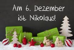 Kerstmisdecoratie, Cement, Sneeuw, Nikolaus Means St Nicholas Day Royalty-vrije Stock Foto