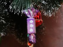 Kerstmisdecoratie in de vorm van suikergoed Royalty-vrije Stock Foto's