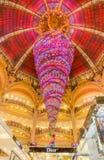 Kerstmisdecoratie in Galeries Lafayette, Parijs royalty-vrije stock foto