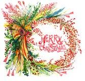 Kerstmisdecoratie met de takken van de pijnboomboom, bessen, klokken en linten en met de hand geschreven Vrolijke Kerstmiscirkel Stock Foto