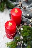 Kerstmisdecoratie met kaars Stock Afbeelding