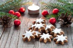 Kerstmisdecoratie met kaars Royalty-vrije Stock Foto