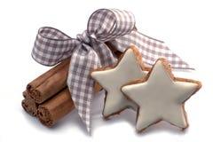 Kerstmisdecoratie met kaneelsterren Royalty-vrije Stock Afbeelding