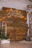 Kerstmisdecoratie met Kerstmissnuisterij en kaars voor komstseizoen vier kaarsen het branden Stock Afbeeldingen