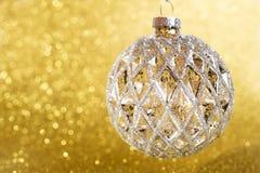 Kerstmisdecoratie op gele achtergrond Stock Afbeelding