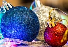Kerstmisdecoratie op warme achtergrond Stock Foto's
