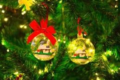 Kerstmisdecoratie, Pijnboomnaalden en Denneappel, Kerstmistradities royalty-vrije stock afbeeldingen