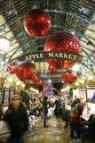 2013, Kerstmisdecoratie van Londen, Covent-Tuin Stock Foto