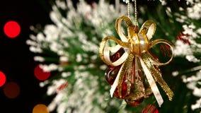 Kerstmisdecoratie zoals shell - kristallijn stock video