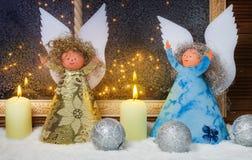 Kerstmisengel, Vensterdecoratie Stock Afbeelding
