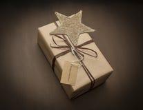 Kerstmisgift met ster Royalty-vrije Stock Fotografie