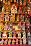 Kerstmisgiften bij markt in Tallinn stock afbeelding