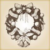 Kerstmishand getrokken vectorillustratie - Decoratieve kroonschets, uitstekende stijl Royalty-vrije Stock Fotografie