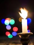 Kerstmiskaars en licht Stock Fotografie